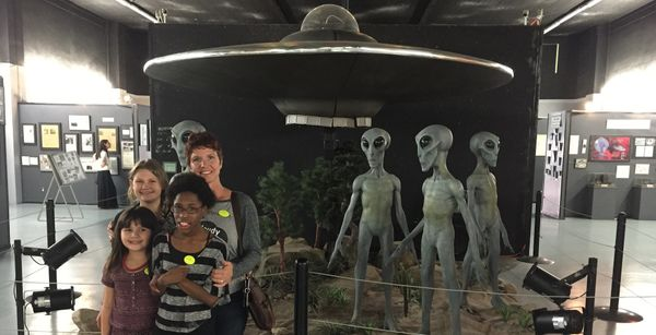 "In Search of ""Little Green Men"" in Roswell"